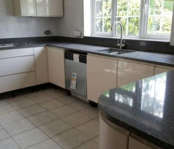 Gold Canyon Grey Quartz worktop - Gunwarf Quays