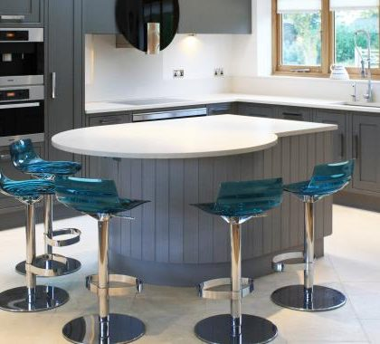 Quartz kitchen worktop on a breakfast bar