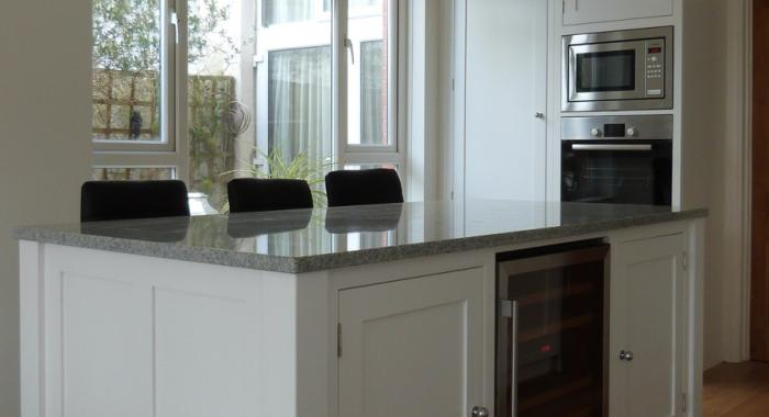White granite worktop on kitchen island