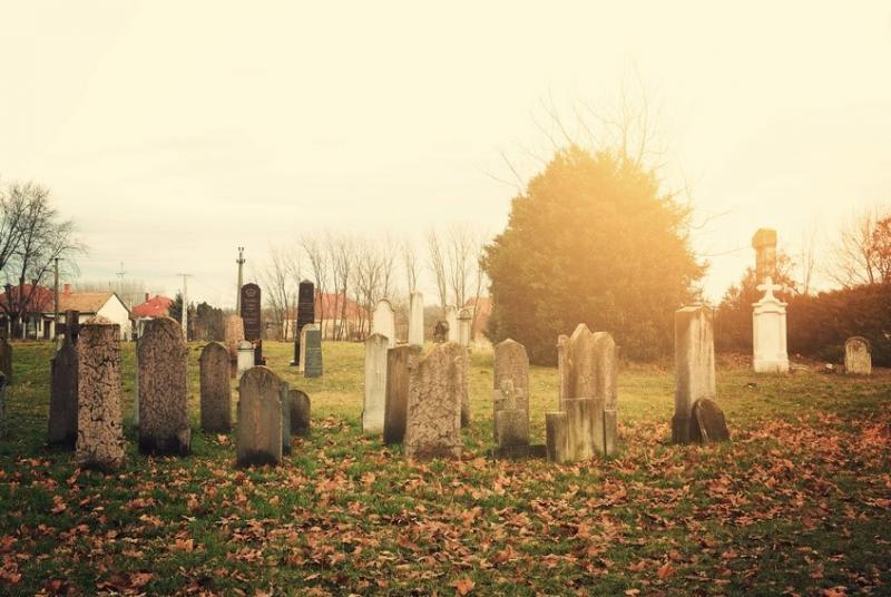 Headstone costs and pricing