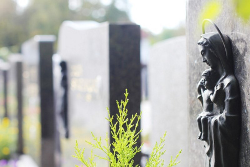 What to consider when buying a memorial