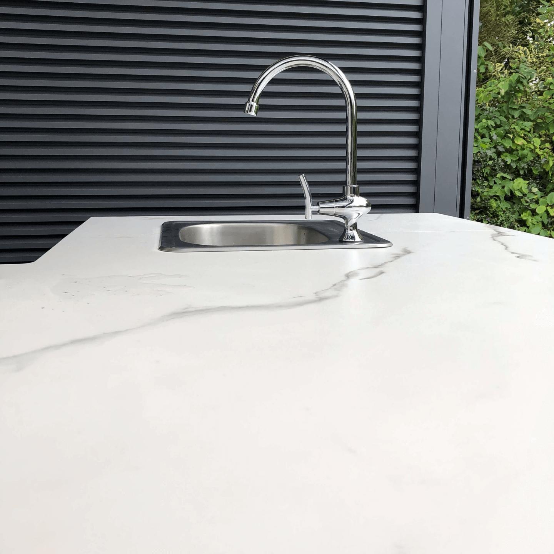 Aura 15 Dekton kitchen worktop (2)