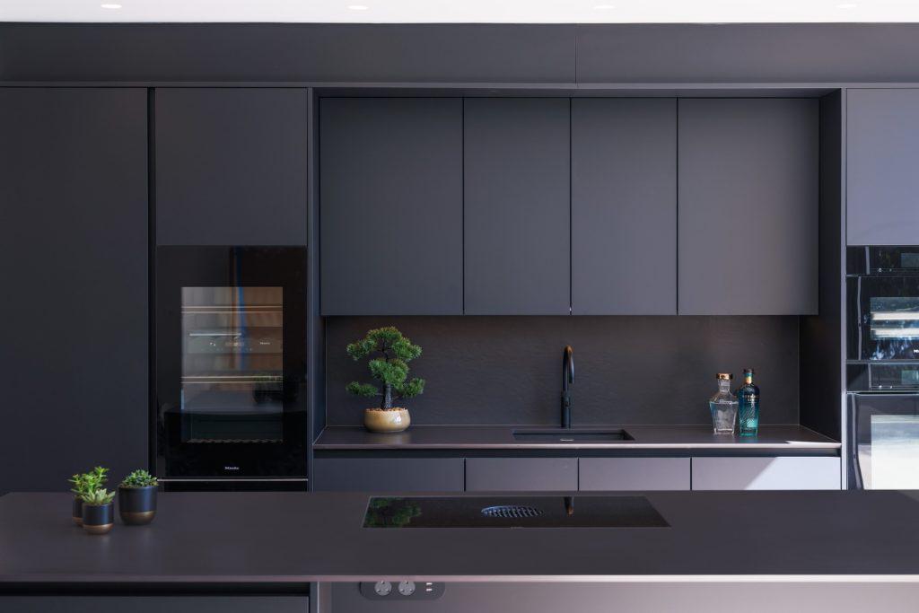 Dekton Sirius 20mm Kitchen Countertop and Splashback