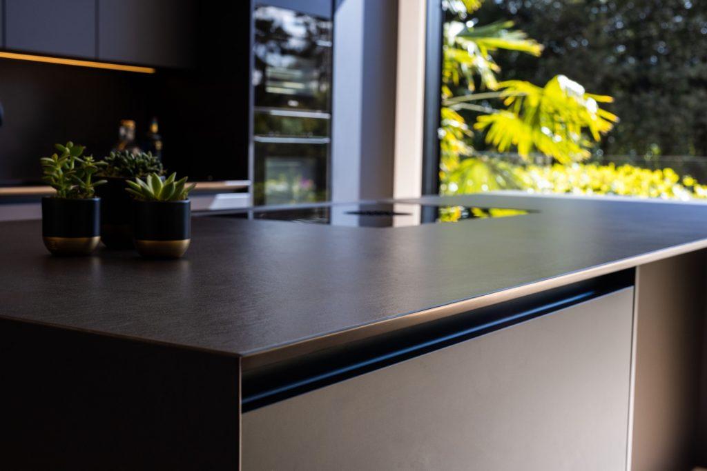 Dekton Sirius 20mm Kitchen Worktop with shark's nose edge detail